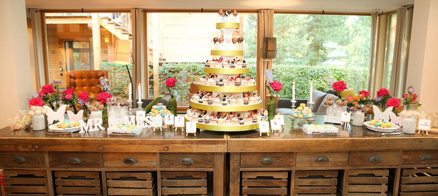 Candy Bar Berlin tigertörtchen Macarons Cupcakes Torte Cake-Pops Marshmallows